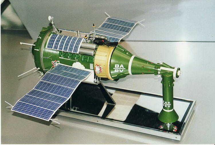 Космические летательные аппараты своими руками